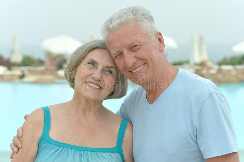 Download Couple Walking On Beach Stock Photo - Image: 39432702