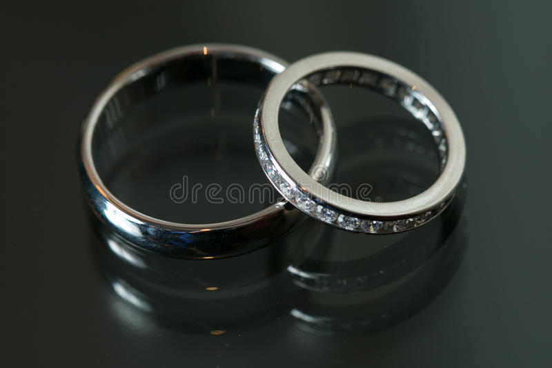 wedding rings silicone hypoallergenic sizes black bands products grey grande band