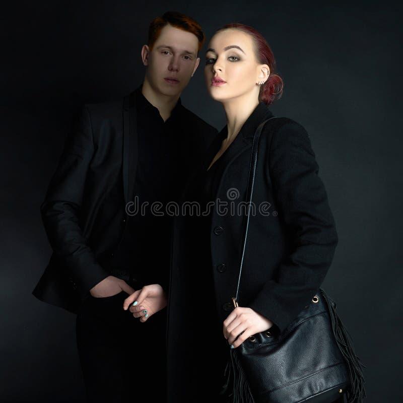 Couples à la mode  photos stock