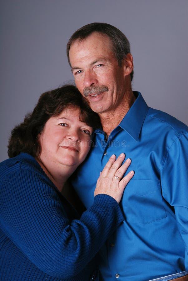 Couples affectueux. photos stock
