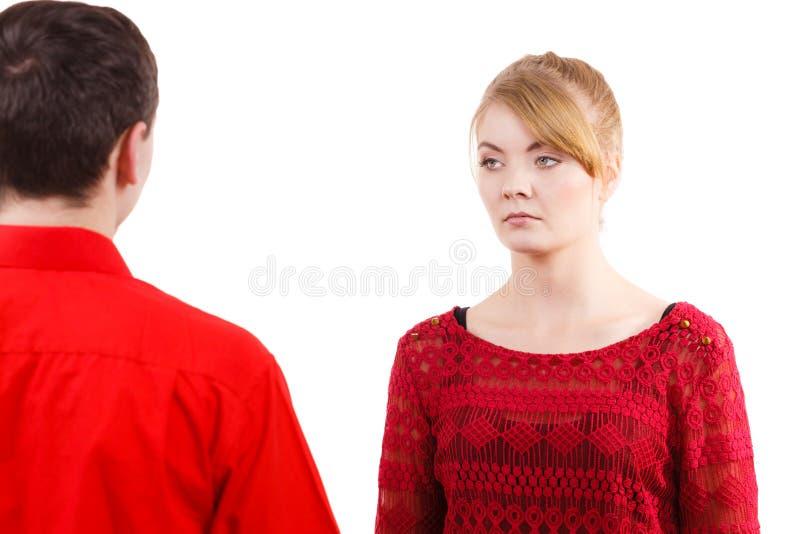 Couples après sérieux triste offensé par querelle photos stock