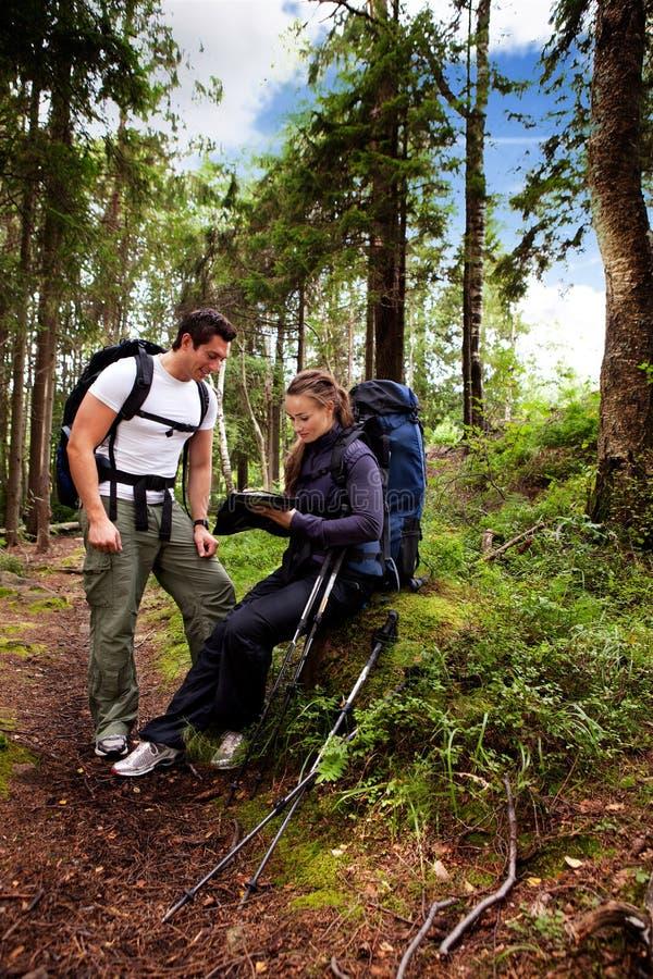 Couples campants photographie stock