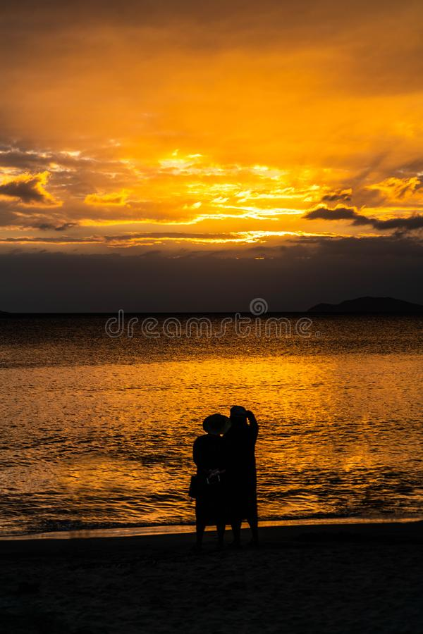 Couples d'aîné à Sanya, Chine photo stock
