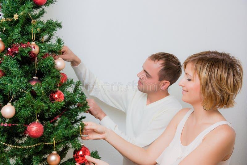 Couples d'arbre de Noël photo libre de droits
