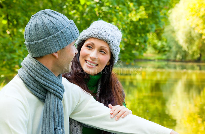 Couples d'automne images libres de droits
