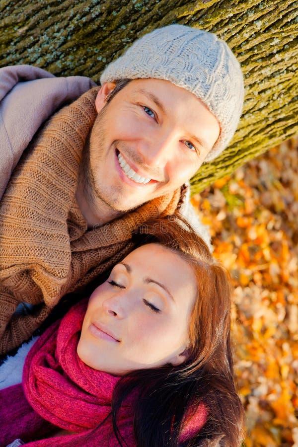 Couples d'automne d'automne image libre de droits