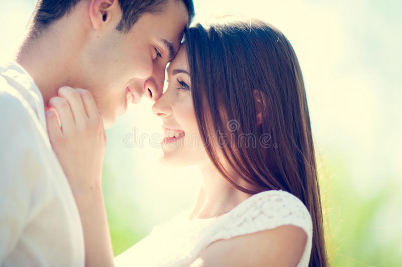 Couples dans l'amour photos stock