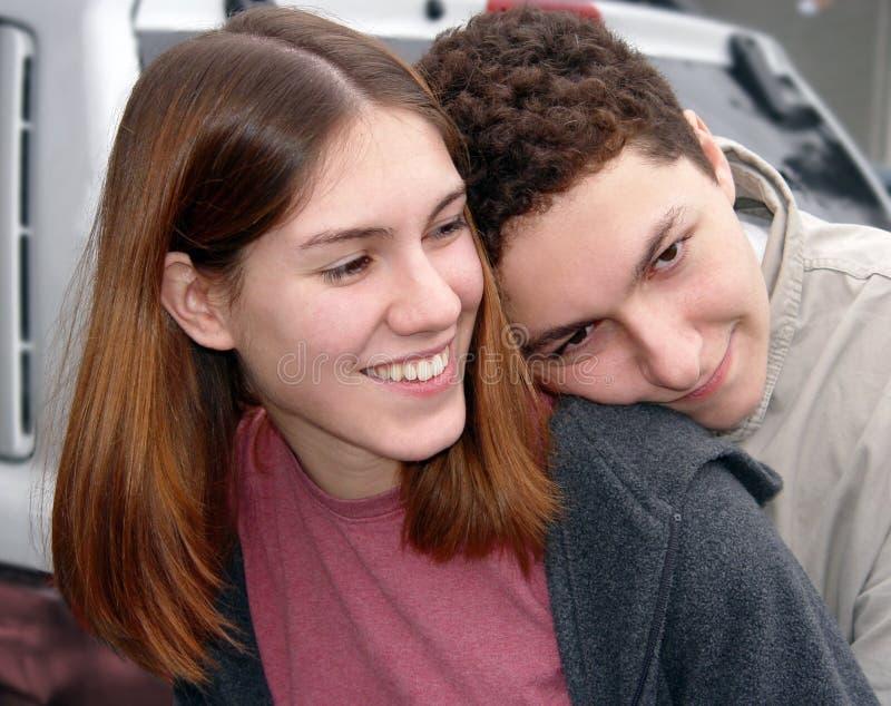 Download Couples dans l'amour photo stock. Image du famille, baiser - 58156