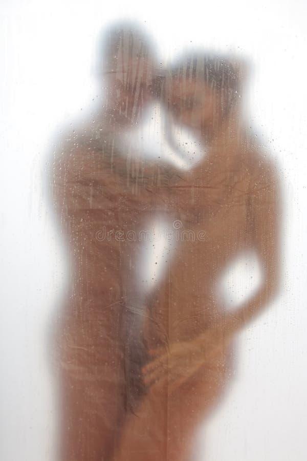 Couples dans la baignoire photo stock
