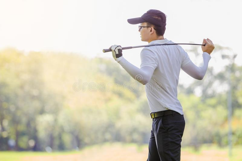 Couples de golf photos libres de droits