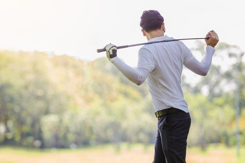 Couples de golf photo libre de droits