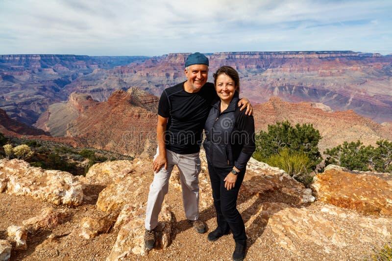 Couples de Grand Canyon images stock