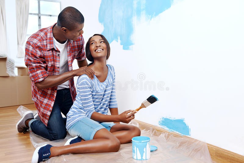 Couples de maison de peinture photo libre de droits