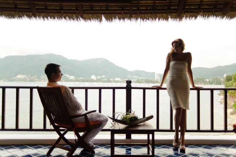 Couples de mariage sur Phuket images stock