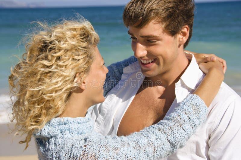 Couples de sourire. image libre de droits