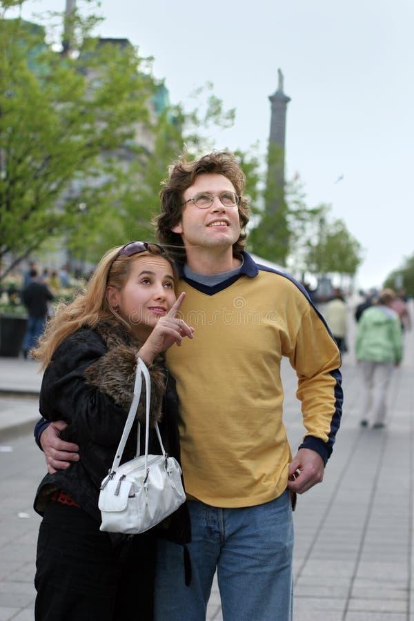 Couples de touristes photographie stock libre de droits