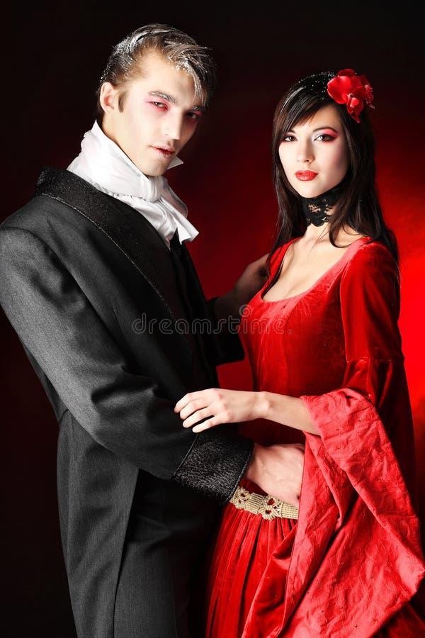 Couples de vampires photos stock