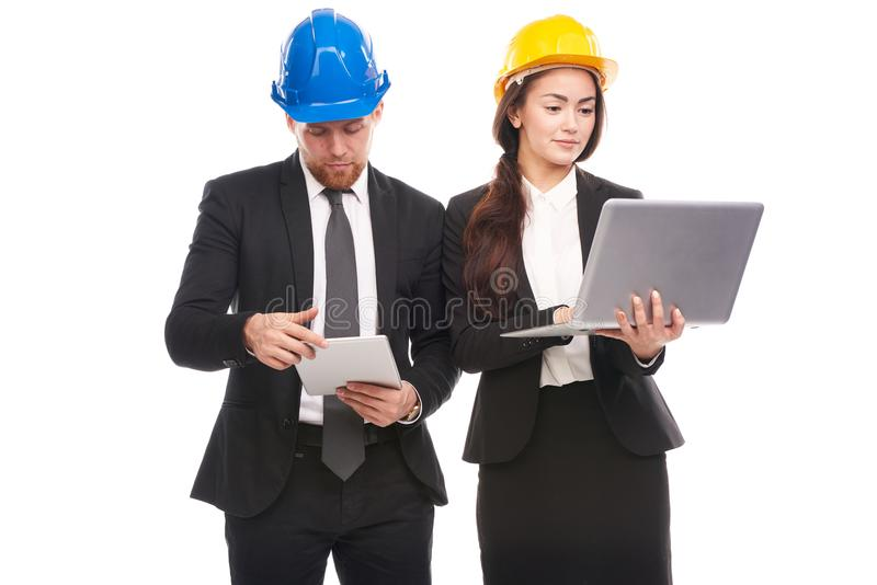 Couples des ingénieurs images stock