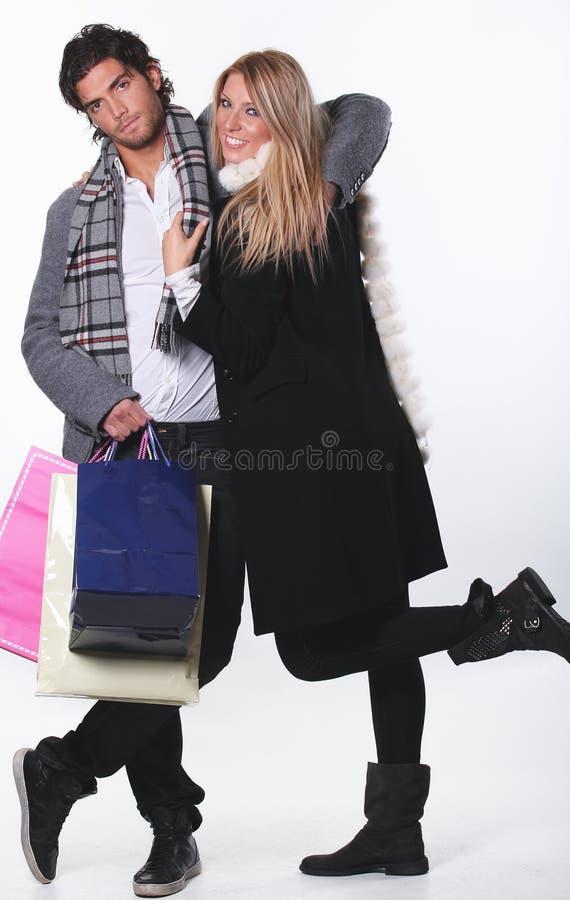 Couples drôles d'achats images stock