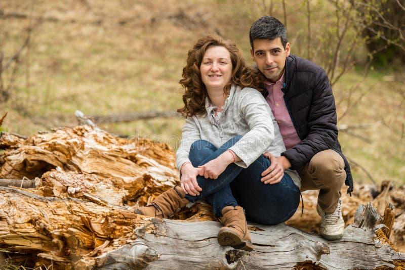 Couples en nature photos libres de droits