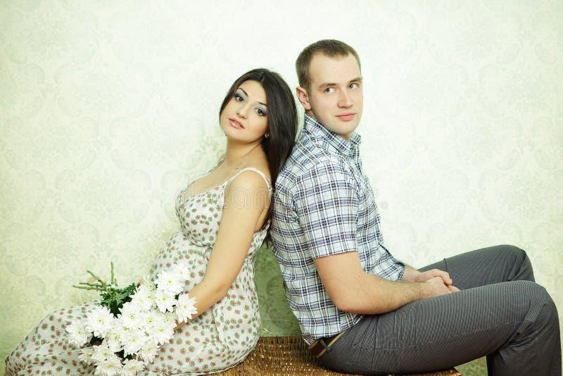 Couples enceintes image stock