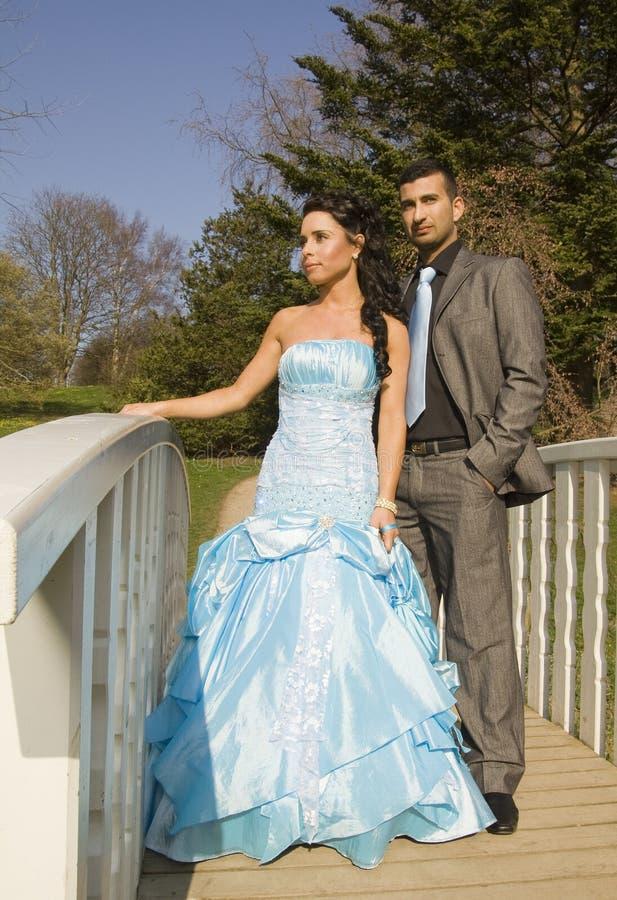 Couples ethniques de mariage d'enclenchement de Turkisk images stock
