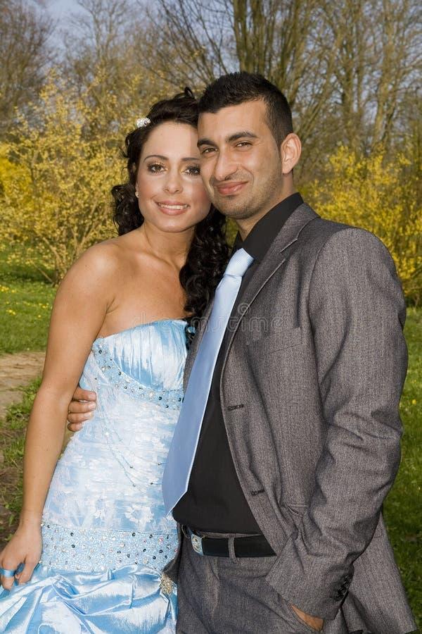 Couples ethniques de mariage d'enclenchement de Turkisk photographie stock