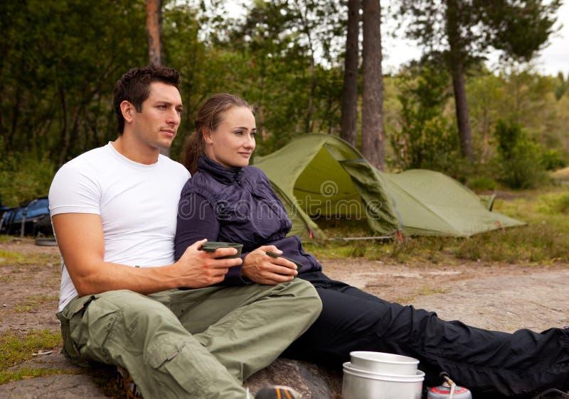 Couples extérieurs photos stock