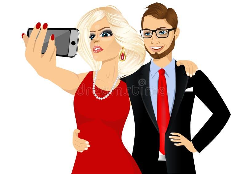 Couples heureux prenant un selfie utilisant son smartphone illustration libre de droits