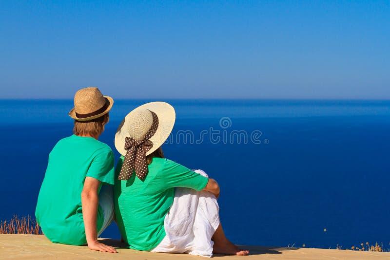 Couples les vacances de plage image libre de droits