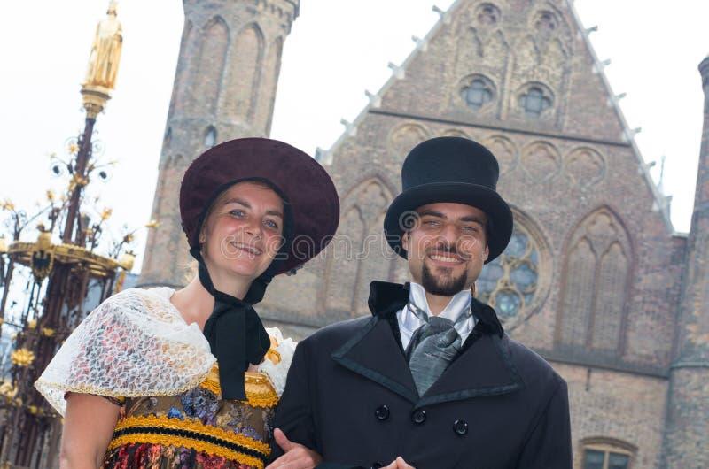Couples médiévaux image libre de droits