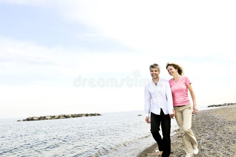 Couples mûrs heureux image stock