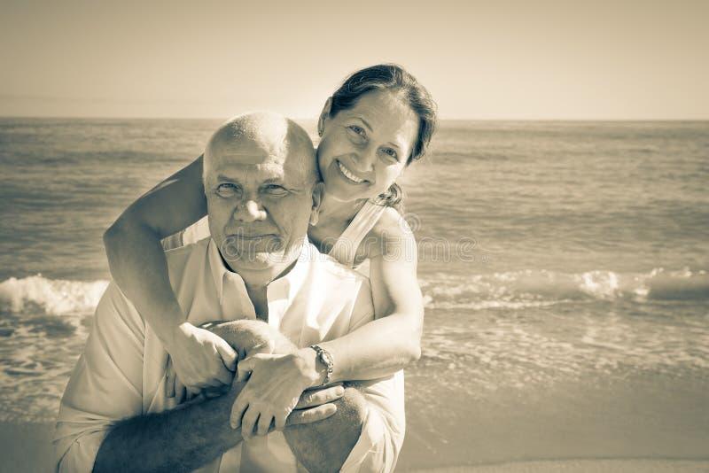 Couples mûrs positifs photo libre de droits