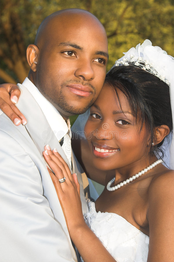 Couples nuptiales image stock