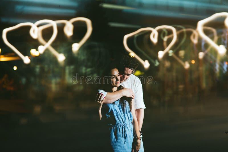 Couples par réflexion photos libres de droits