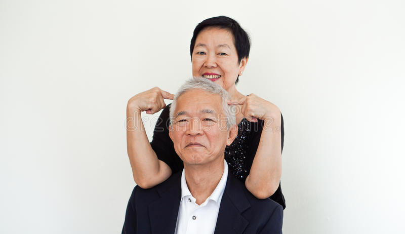 Couples supérieurs asiatiques heureux, portrai d'associé de propriétaire d'affaire de famille photo libre de droits
