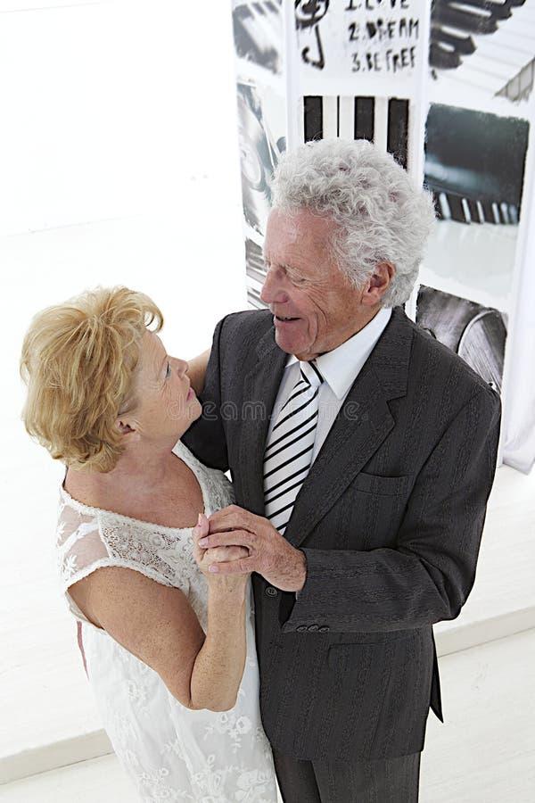 Couples supérieurs de danse image libre de droits