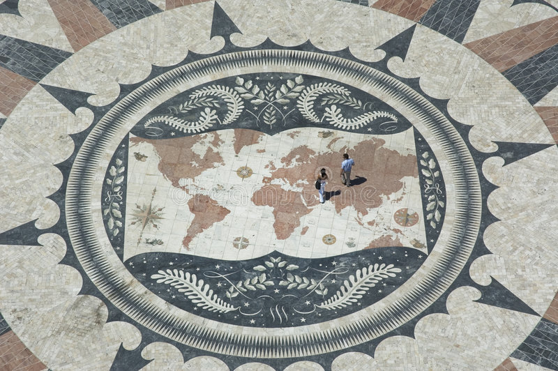 Couples sur la carte du monde, Belem, Lisbonne images libres de droits