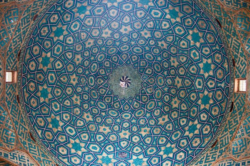 Coupole dans la mosquée de Jameh image libre de droits