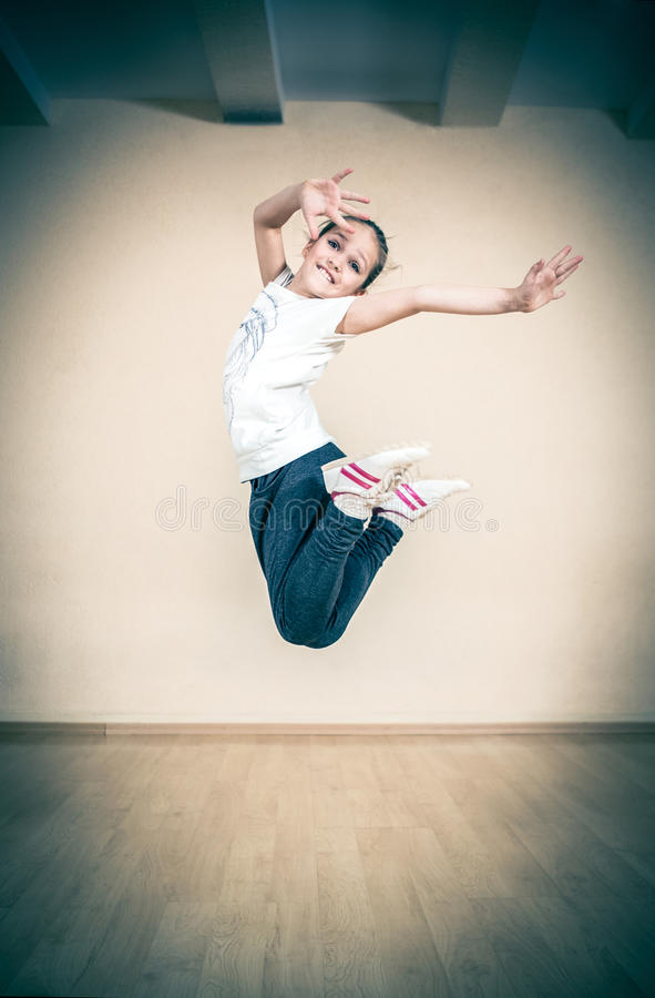 Coupure d'houblon de hanche ou danseur de rue image libre de droits