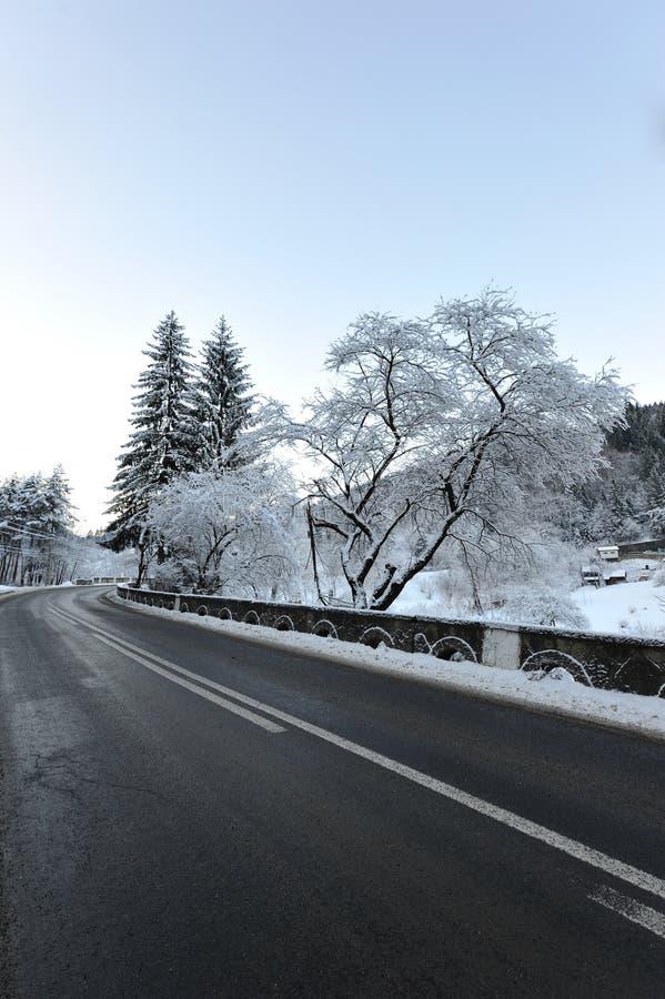 Coupure de route de l'hiver photographie stock