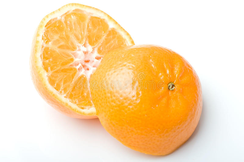 Coupure juteuse fraîche d'agrumes de mandarine de clémentine photo stock