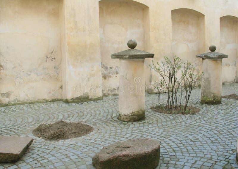 Download Cour de la Renaissance photo stock. Image du detail, vieux - 739808