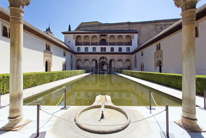 Cour des myrtes, Patio de los Arrayanes, à Alhambra, G images stock