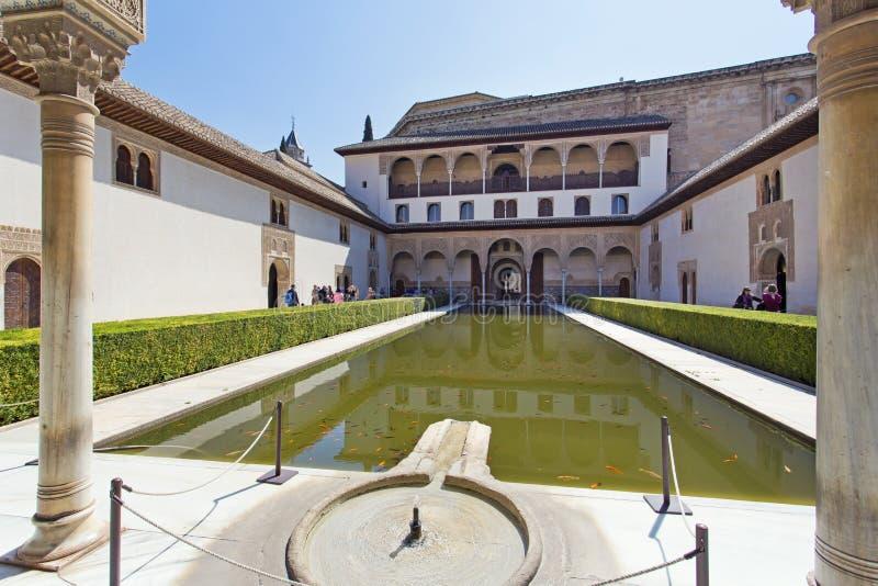 Cour des myrtes, Patio de los Arrayanes, à Alhambra, G image stock