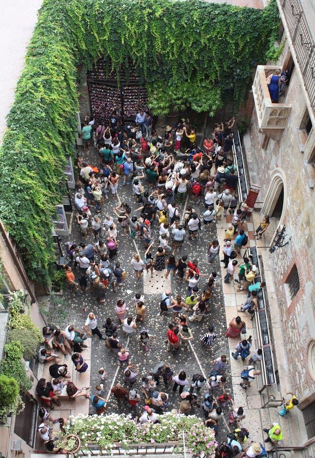 Cour intérieure de la maison de Giulietta images stock