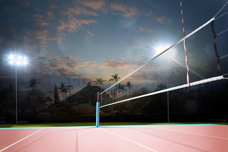 Cour professionnelle vide d'air ouvert de volleyball de nuit avec le filet images libres de droits