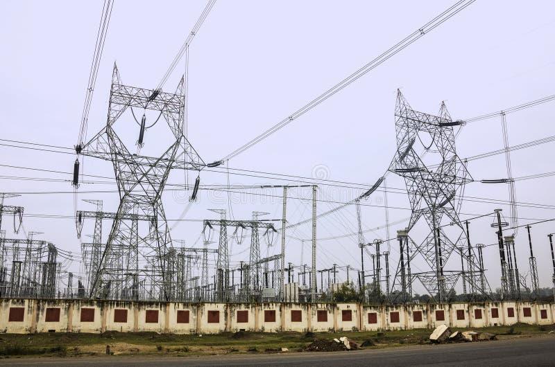Courant électrique, Inde photos stock