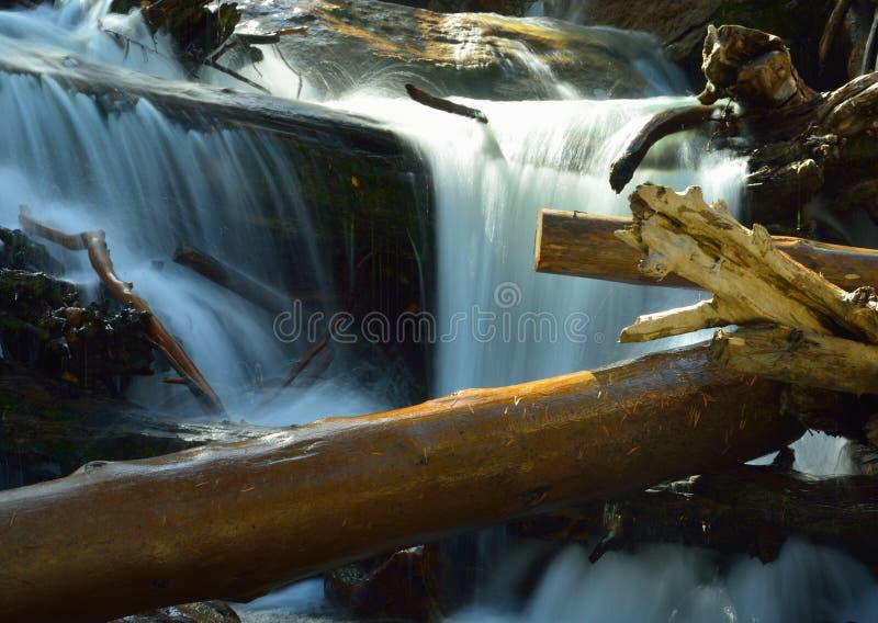 Download Courant orageux photo stock. Image du bleu, automne, frais - 45368152