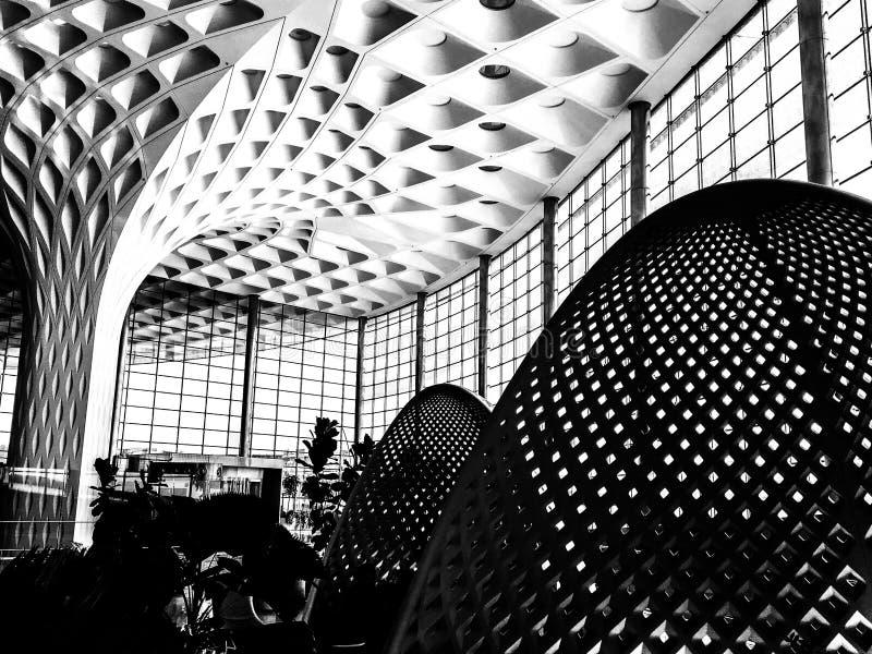 Courbes - aéroport international de Mumbai photos libres de droits